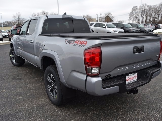 new 2017 toyota tacoma trd sport 4d double cab in fox lake hm018648 garber fox lake toyota. Black Bedroom Furniture Sets. Home Design Ideas